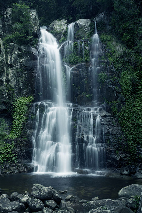 Grant STEVENS  'The waterfalls I-XI' 2016  archival ink on archival paper  Courtesy the artist