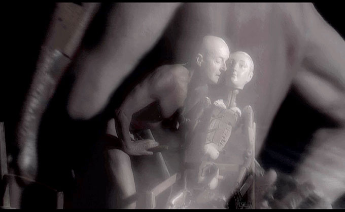 Judith WRIGHT 'Between' (from 'Seven stages of desire' series) 2007 | single channel video | 8 minutes, colour, stereo sound | actors: Janet Vernon and Graeme Murphy, voice: Deborah Kayser | camera: Robert Humphreys, composer: Liza Lim